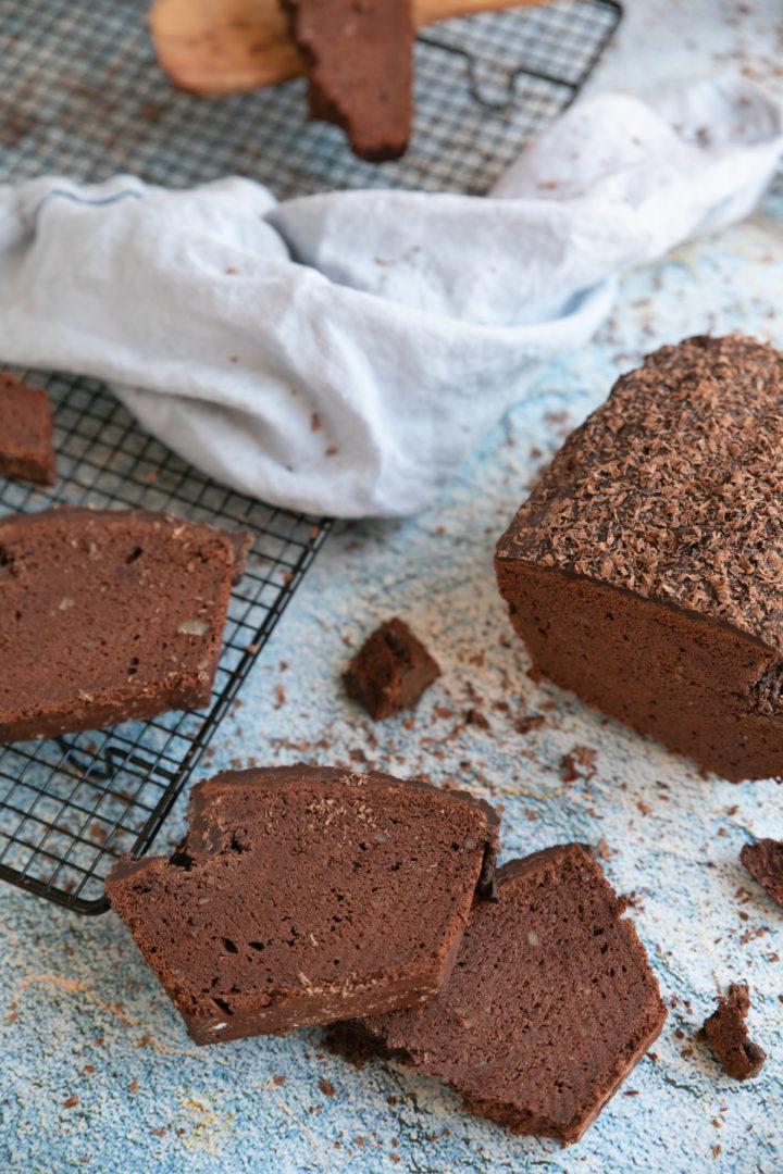 glutenfreier amp veganer schokoladenkuchen mit extra viel
